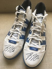 Dwight Howard Signed Size 18 Shoes Riverside, 92508
