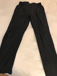Lululemon Women's double layer pants size 4 New Westminster, V3M
