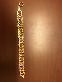 Real 18 k gold bracelet in new condition 17.68 grams