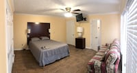 Upscale Master bedroom with french doors (Stone Mountain) Stone Mountain