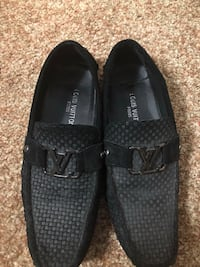 Pair of black Louis vuitton slip-on shoes 334 mi