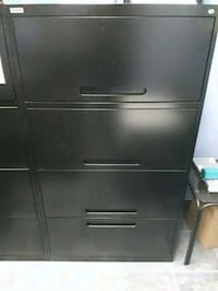 Lateral filing cabinet Westmount