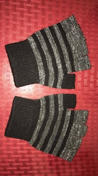 Black-and-gray fabric mittens