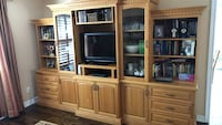 Real Wooden TV Shelf / Media Shelf Unit / Comes With TV Mississauga, L5N 6N2