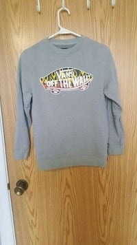 Kids sweatshirt size medium Calgary, T3C 3R8