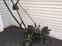 Lawn edger  Upper Macungie, 18106