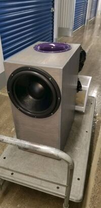 "15"" Subwoofer and custom box District Heights, 20747"