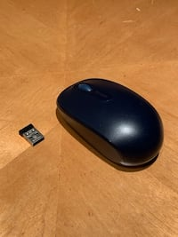 Microsoft AA battery mouse with usb receiver Montréal, H4N 2R5