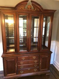 Beautifully maintained china hutch   Wayne, 07470
