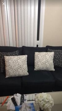 Modern large pillows $15each or all for 50 Toronto, M9V 4T5