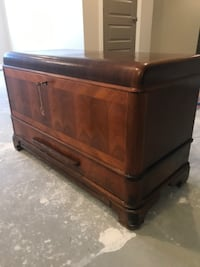 Vintage 1940s Chelsey Chair Co. Heirloom Chest
