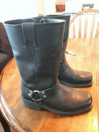 pair of black leather boots Saskatoon, S7L 5C8
