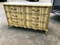 French provencial 6 drawer solid wood dresser Houston, 77077