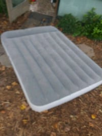 Inflateable mattress by Bestway in full 300 other  Atlanta, 30318