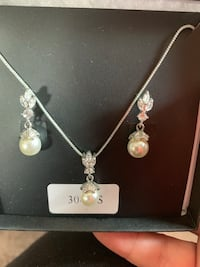 Jewelry/3 piece necklace and earring set. Pet free, smoke free home Manassas, 20109