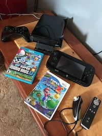 Wii U with pro controller, 2 games and some pre loaded on system St. Catharines