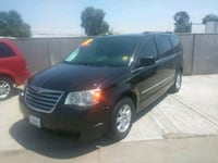 2010 Chrysler Town & Country Selma, 93662
