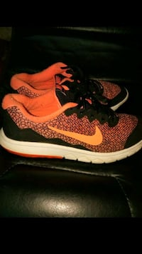 Nike shoes Independence, 64050