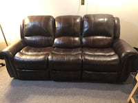 Recliner leather couch London, N6E 3V3