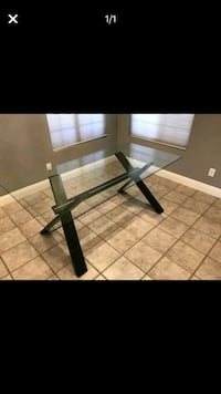 Contemporary glass table/like new