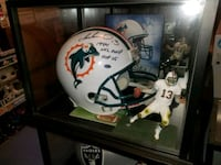 Dan Marino signed & authenticated football helmet  Toronto, M1L 2T3