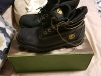 Timberlands new in box youth size 5.5  544 km