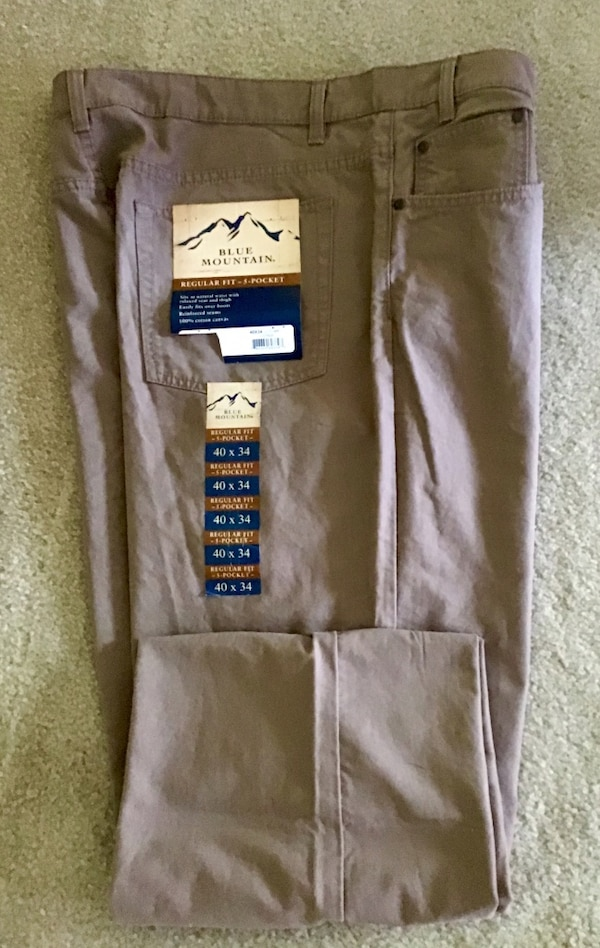 Cargo pants Blue mountains size 40/32 NWT brown light