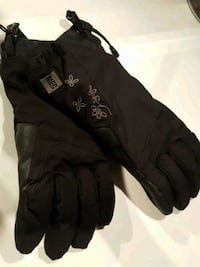 MEC WOMENS GLOVES  Toronto, M5V 2V6