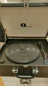 Portabable Suitcase Turntable Mississauga, L5N