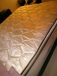 Queen mattress set Las Vegas, 89122