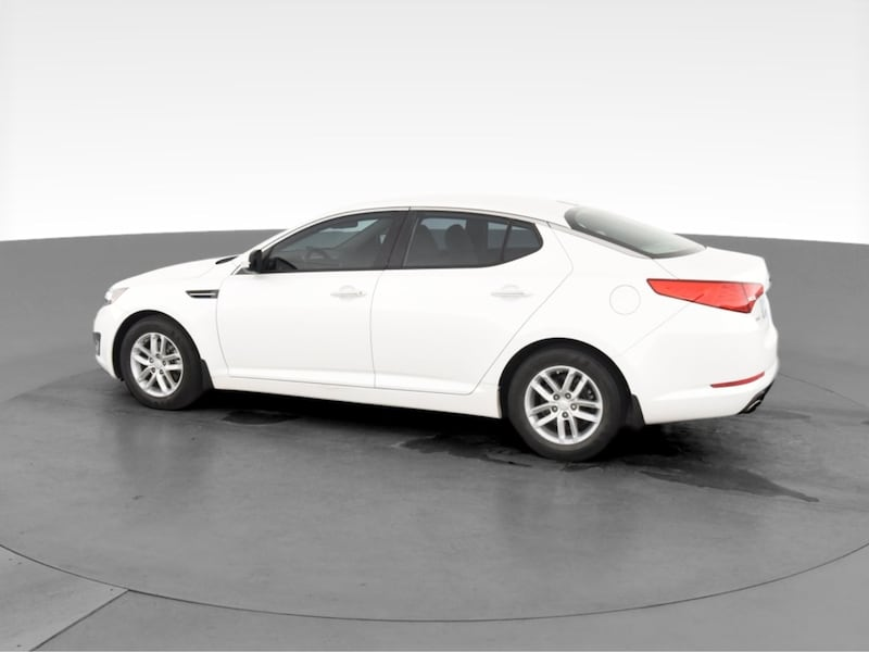 2013 Kia Optima sedan LX Sedan 4D White  9b35bfa8-5836-480f-b8e6-445cb1ad68bb