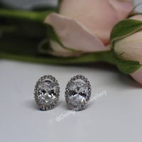 silver and diamond studded ring Oakville, L6H 1Y5