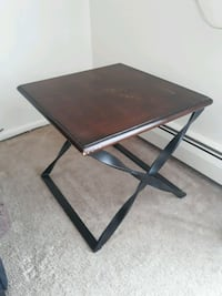 End table/ Side table Westborough, 01581