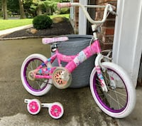 Girls bike with training wheels Clifton Park, 12065