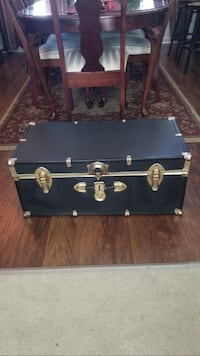 Black and gray wooden chest box Hagerstown, 21742