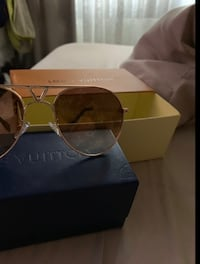 LV Louis Vuitton sunglasses new 2 styles available
