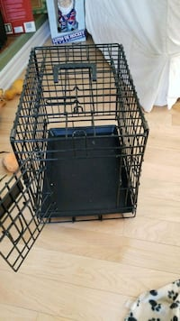 Small dog cage Laval, H7K 2B4