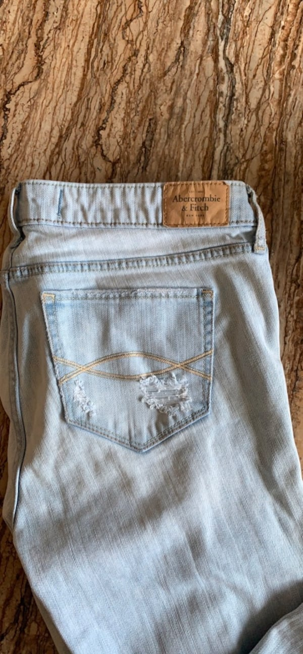 Abercombie & Fitch jeans size 8 1