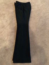 WHITE HOUSE BLACK MARKET pant size 4 white striped  Tualatin, 97062