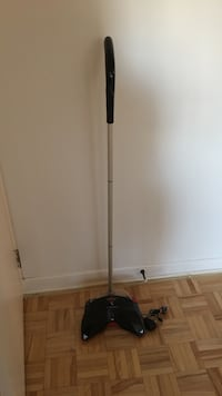 grey and black electric string trimmer 蒙特利尔, H4C 1K3