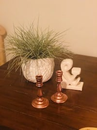 2 wooden metallic gold candle holders Baltimore, 21222