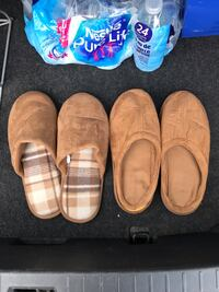 Wool slippers unisex 8 size. New. $15 each pair. Toronto, M8W 1T2