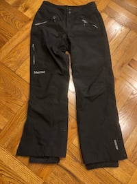 Marmot Gore-Tex hiking woman black pants. Mint condition, used only for 5 days hiking trip New York, 10016