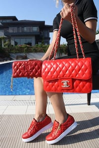 red leather Chanel shoulder bag Calgary, T3R 0X4