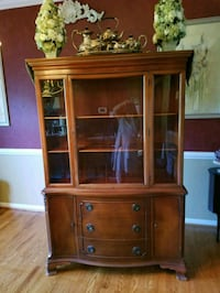 Circa 1940s Solid Mahogany China Cabinet Damascus, 20872