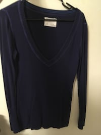 Aeropostale v-neck sweaters size large