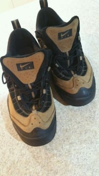 Nike outdoor shoes (waterproof leather) Toronto, M6H 2X6