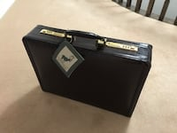 Renwick Executive briefcase/attaché brand new all leather with inset combination lock Markham, L3R 6M6