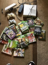 xbox 360 plus kinects 2 controllers an 20-30 games Toronto, M6N