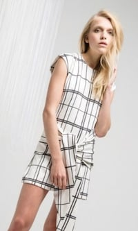 C/MEO Collective dress xs . NWT Vaughan, L6A 3Y7